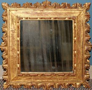080451 CARVED GILT WOOD MIRROR H 23 12 L 22