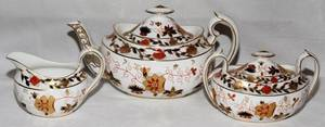 011101 ROYAL CROWN DERBY PORCELAIN TEA SET