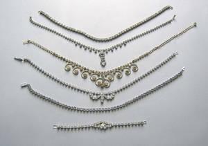 Twentytwo pcs of rhinestone jewelry to include two pcs of Weiss jewelry