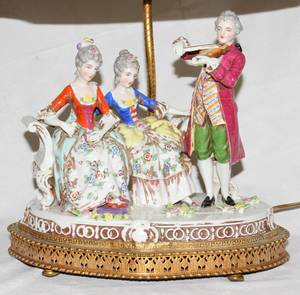 020129 FRENCH PORCELAIN FIGURAL TABLE LAMP WMUSIC BOX