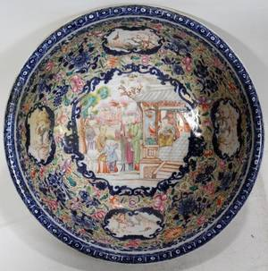 011220 CHINESE EXPORT PORCELAIN BOWL 19TH C H 4