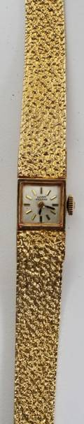 012165 LUCIEN PICCARD LADYS 14 KT GOLD WATCH L 9