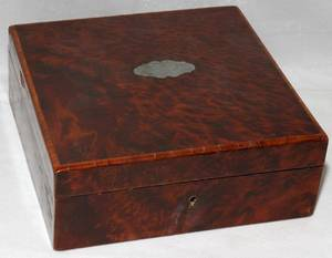 011260 ENGLISH BURL WOOD VENEER BOX 19TH C H 3