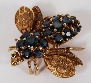 14K GOLD AND SAPPHIRE BEE PIN 1 L