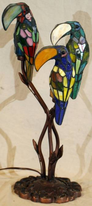 010236 LEADED GLASS FIGURAL TABLE LAMP H 24 L 11