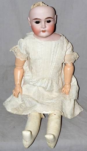 030317 GERMAN BISQUE HEAD DOLL EARLY 20TH C L 30