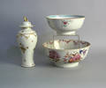 Two Chinese export bowls
