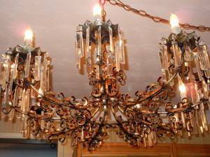 020041 BRONZE AND CRYSTAL NINELIGHT CHANDELIER H 15