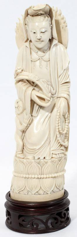 020005 CHINESE CARVED IVORY QUAN YIN H 10 L 3