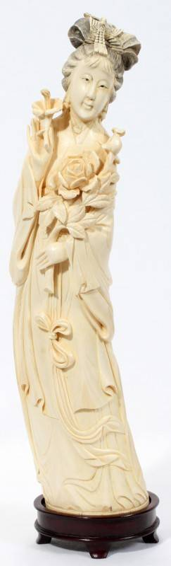 020004 CHINESE CARVED IVORY GODDESS H 14 L 3