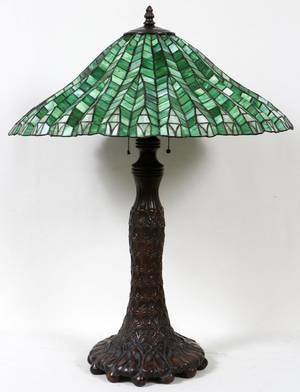 010014 ART LEADED GLASS LAMP MODERN H 35 DIA 27