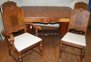 080091 BERKEY  GAY MAHOGANY DINING ROOM TABLE  CHAIR