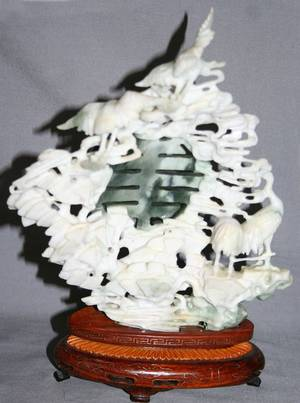 080134 CHINESE CARVED WHITE SERPENTINE SCULPTURE H 8