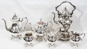 072191 SILVER PLATE COFFEE  TEA SERVICE 5 PCS