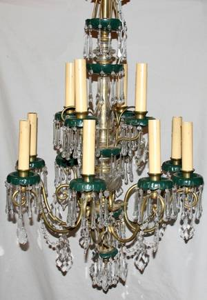 072165 ITALIAN CRYSTAL AND BRASS 12 LIGHT CHANDELIER