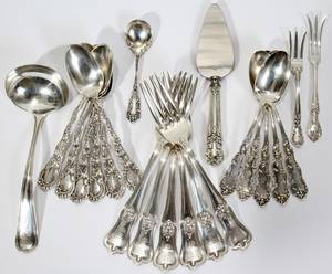 041295 STERLING FLATWARE  SERVING PIECES 22