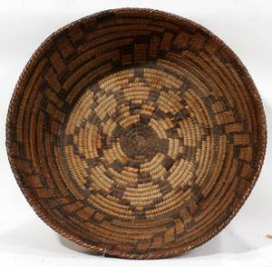 090296 NATIVE AMERICAN BASKET H 5 DIA 15