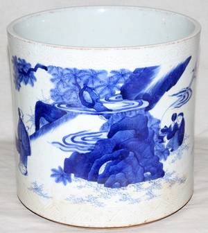 042288 CHINESE BLUE WHITE PORCELAIN BRUSH POT H 7 38