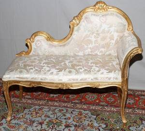 082265 CARVED  GILT WOOD RECAMIER H 34 W 38 D 16