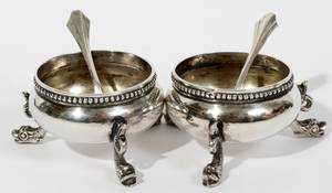 062392 ENGLISH VICTORIAN STERLING OPEN SALTS  SPOONS