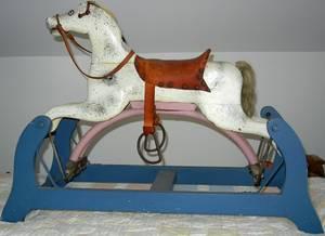 060402 PLATFORM ROCKING HORSE H 24 L 36