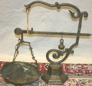081463 IRON  BRASS SCALE C 1900 H 19
