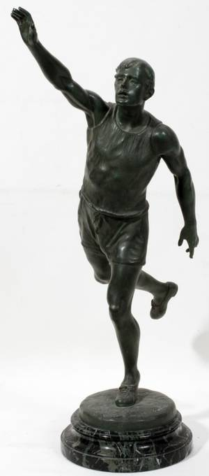 011132 CARLIER SPELTER SCULPTURE OF A RUNNER C 1930