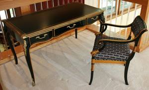 120082 FRENCH ORMOLU LADIES DESK AND CHAIR H 35