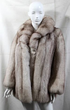 020163 FURS BY ARPIN FOX FUR COAT 30 FROM SHOULDER