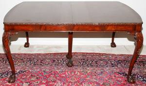 122166 CHIPPENDALE STYLE MAHOGANY DINING TABLE