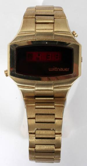 110127 WITTNAUER POLARA STAINLESS STEEL WRIST WATCH