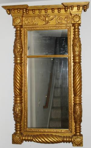 092187 AMERICAN FEDERAL STYLE CARVED GILT WOOD MIRROR