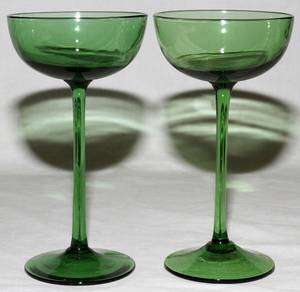 092455 VENETIAN CHAMPAGNE GLASSES 12 H 9 HAND BLOWN