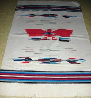 121576 AMERICAN INDIAN HAND WOVEN RUG 46 X 69