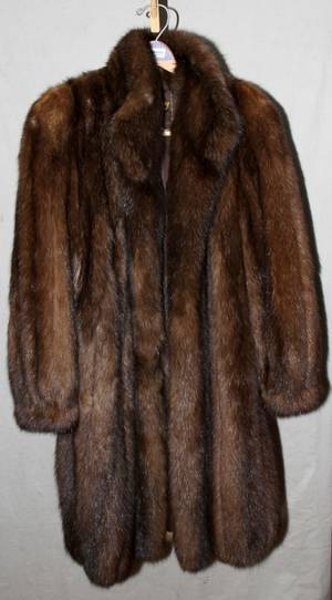 110048LADYS RUSSIAN SABLE COAT 34 LENGTH