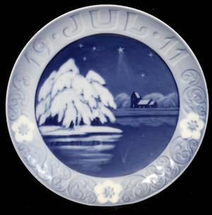 021061 royal copenhagen christmas plate 1911 dia 6 - Royal Copenhagen Christmas Plates