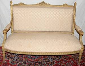 011139 CARVED WALNUT  UPHOLSTERED SETTEE C 1890