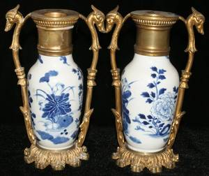 031146 FRENCH BRONZEMOUNTED CHINESE PORCELAIN VASES