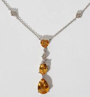 020157 14KT WHITE GOLD DIAMOND AND CITRINE NECKLACE