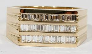 042188 120 CT BAGUETTE DIAMOND GENTS RING
