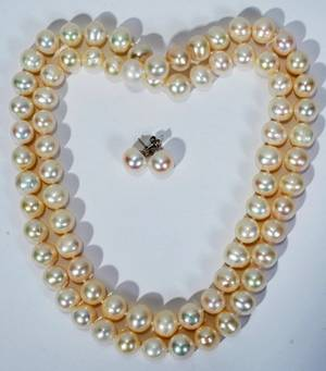 030171 10MM FRESHWATER PEARL NECKLACE AND EARRING SET