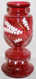 011256 CRANBERRY GLASS VASE C 1880 H 9