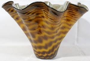 052251 DAN BERGSMA CONTEMPORARY ART GLASS CENTERPIECE