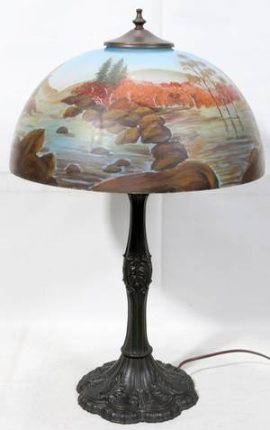 022218 REVERSE PAINTED GLASS SCENIC SHADE TABLE LAMP