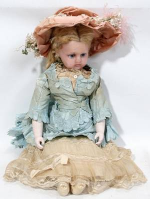 011345 ANTIQUE POURED WAX SHOULDER HEAD DOLL C 1870