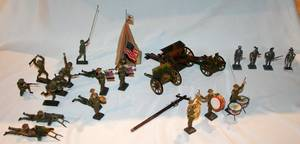 060296 GERMAN MADE COMP TOY SOLDIERS  LEADPEWTER