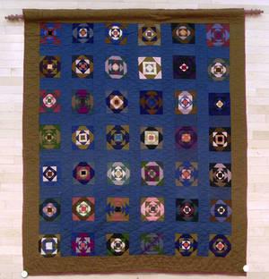 Amish pieced quilt ca 1920