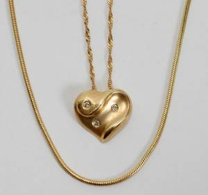 052430 14KT GOLD  DIAMOND HEART PENDANT  NECK CHAINS