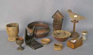 Group of woodenware to include a turned and decorated bowl
