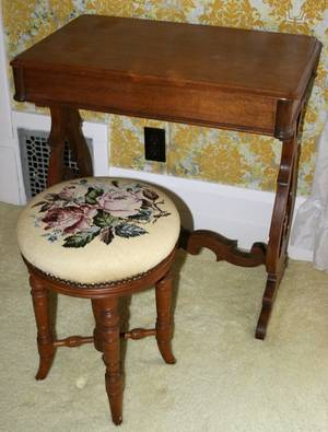 032418 AMERICAN WALNUT DRESSING TABLE WSTOOL 19TH C